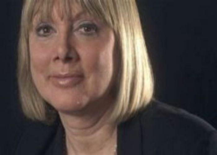 Bí mật nhà khoa học hàng đầu nước Anh chống lại căn bệnh ung thue