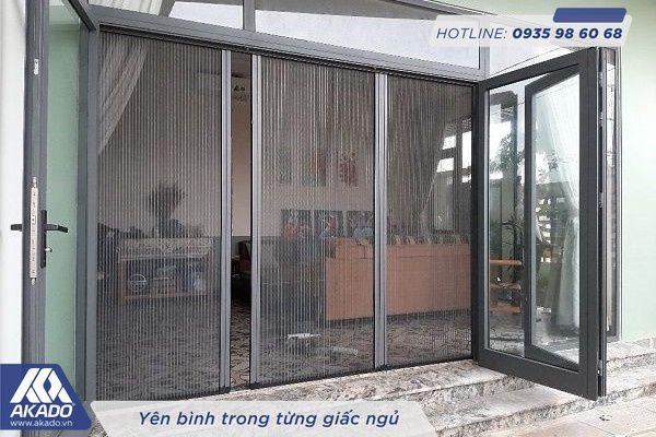 Cửa lưới chống muỗi dạng xích màu xám Akado